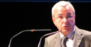 Le député Leonetti rend son rapport sur le statut du beau-parent