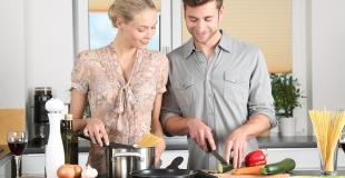 Moins de divorce quand le mari participe aux tâches ménagères
