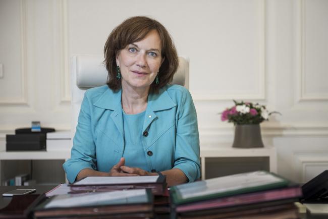 Laurence Rossignol, Ministre des Familles, de l'Enfance et des Droits des femmes