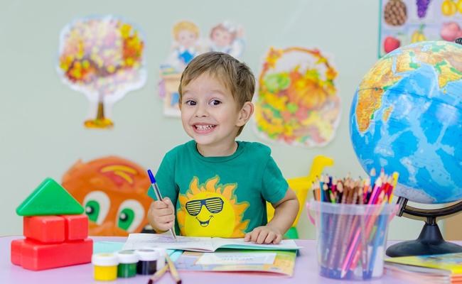 L'assurance scolaire : utilité, fonctionnement, comment choisir et coût