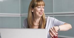 Quel travail est compatible avec les horaires d'école ?