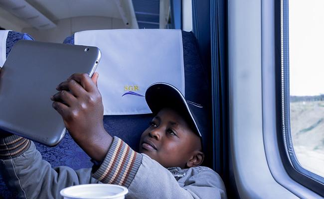 quel âge pour voyager seul en train