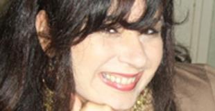 Interview d'Agnès Abécassis, auteur de  Au secours, il veut m'épouser !